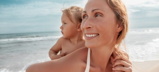 Wakacje na plaży, czyli jak bezpiecznie korzystać z uroków lata