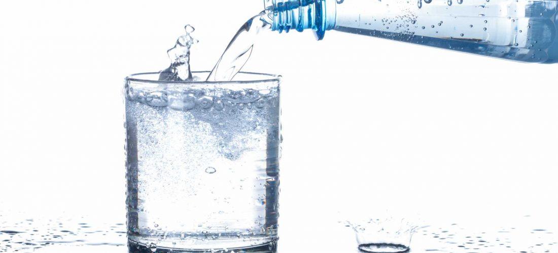 Odwodnienie i nadmiar wody w organizmie. Przyczyny, objawy i leczenie zatrzymania wody w organizmie.
